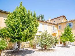 Domaine Blanche Fleur, organisation Vin d'honneur et mariages à Avignon et alentours