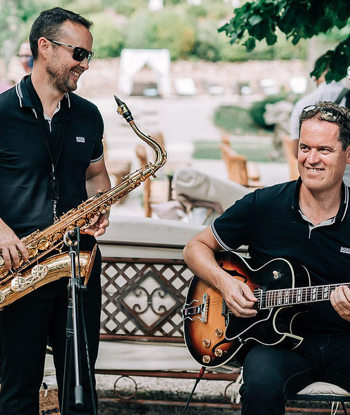 Groupe JAzz Mariage provence en duo saxophone guitare